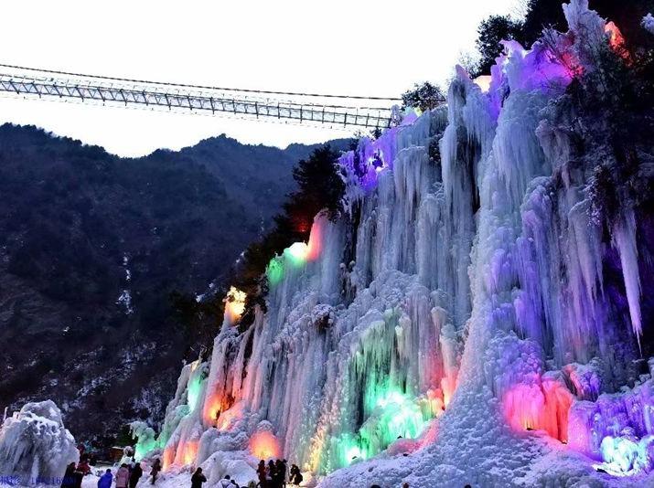 玩雪、赏冰瀑、冰灯一日活动
