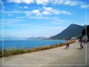 穿越古城单车环海蹬美人鱼基地