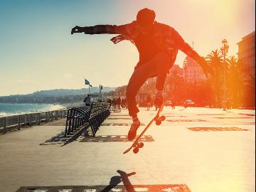 我希望更多人爱上滑板。