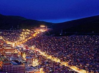 全世界最大的佛国圣地色达感受一下拼车啦
