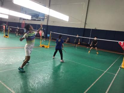 周六下午黄龙体育馆羽毛球活动