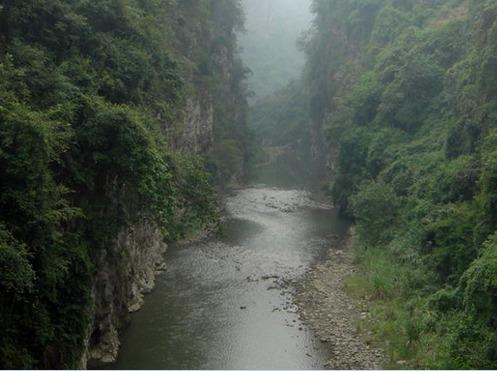徒步小鱼沱铁路-溯溪羊渡河峡谷