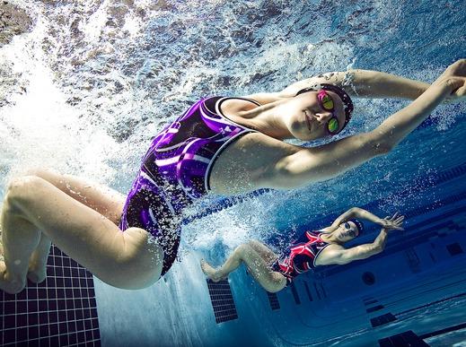 周日广州体育馆游泳基础班一起学游泳