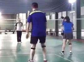 安顺一次健康又活力的羽毛球活动
