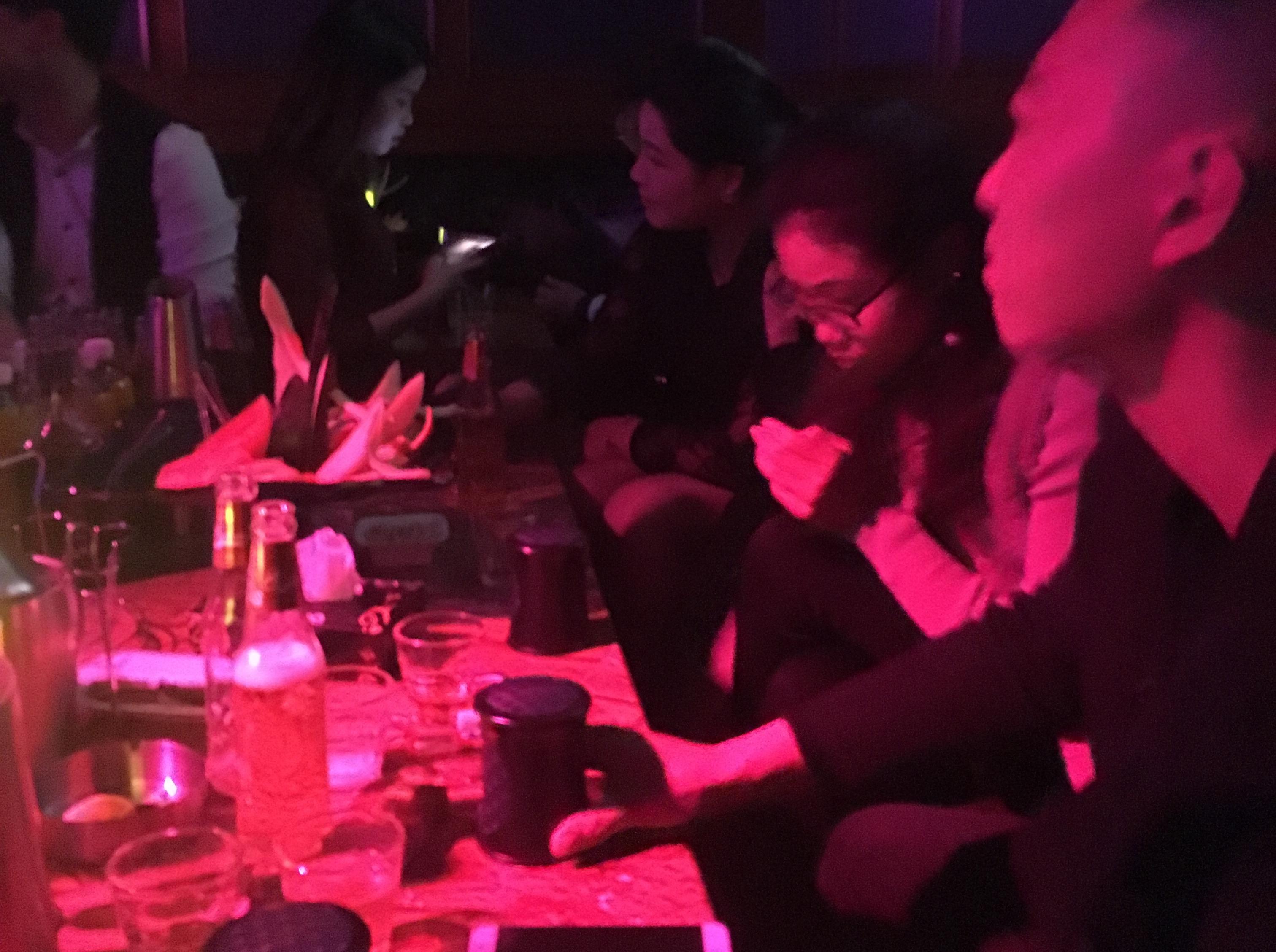3.25周六酒吧大狂欢