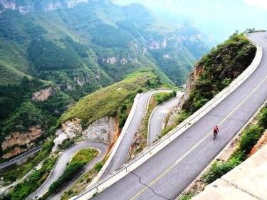 津途部落—自驾水峪村—穿越霞云岭