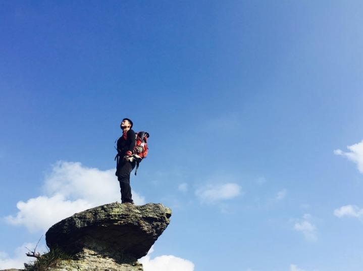 元旦挑战高山滑沙挑战胆量与体能的九遮山
