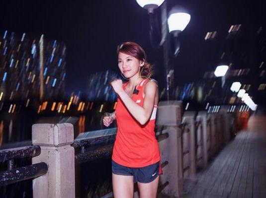 3.10随遇户外跑团翠湖夜跑健行