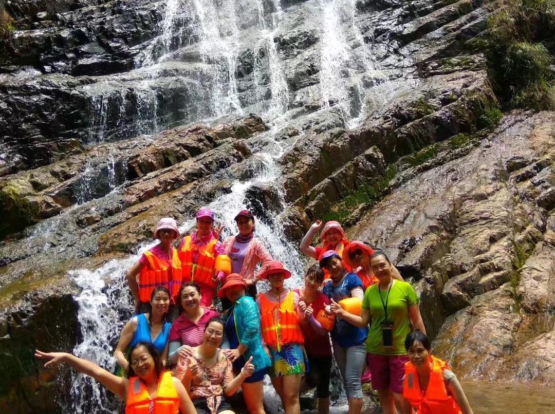 6月18日八台峡徒步溯溪泡水一日之旅