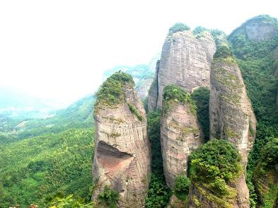 21号江西小武当山看丹霞地貌 高空玻璃桥