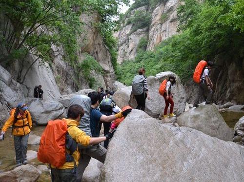 2.18-探幽素山寺,穿越峡谷,探险