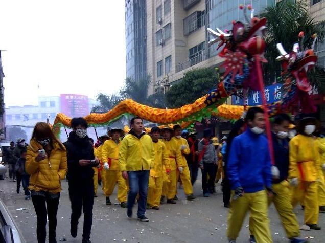 2月15号思陇镇凤凰瀑布与宾阳炮龙节