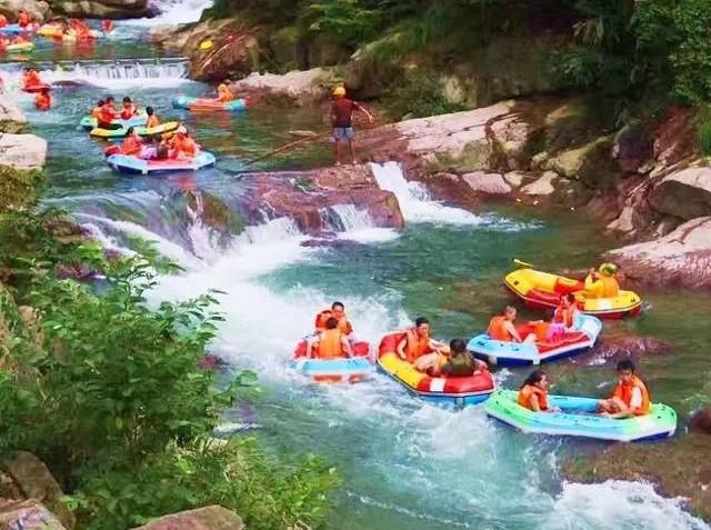 夏的美妙—-龙王山峡谷漂流