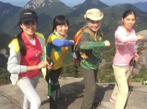 8月31日美女帅哥相约藏龙沟森林公园
