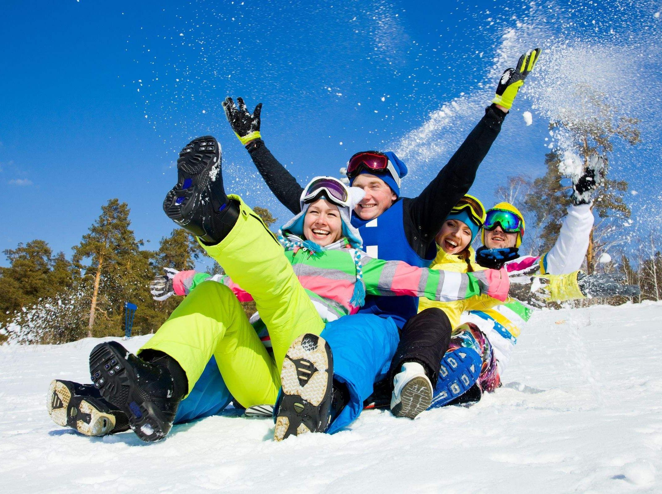 天天出发 拍照玩雪滑雪 鹧鸪山冰雪世界