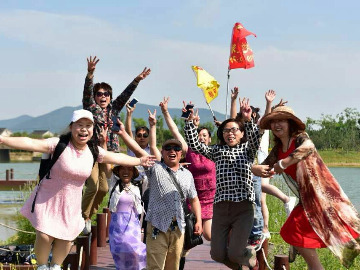 恒元二灵山温泉、杭州湾湿地游船鸣鹤二日游