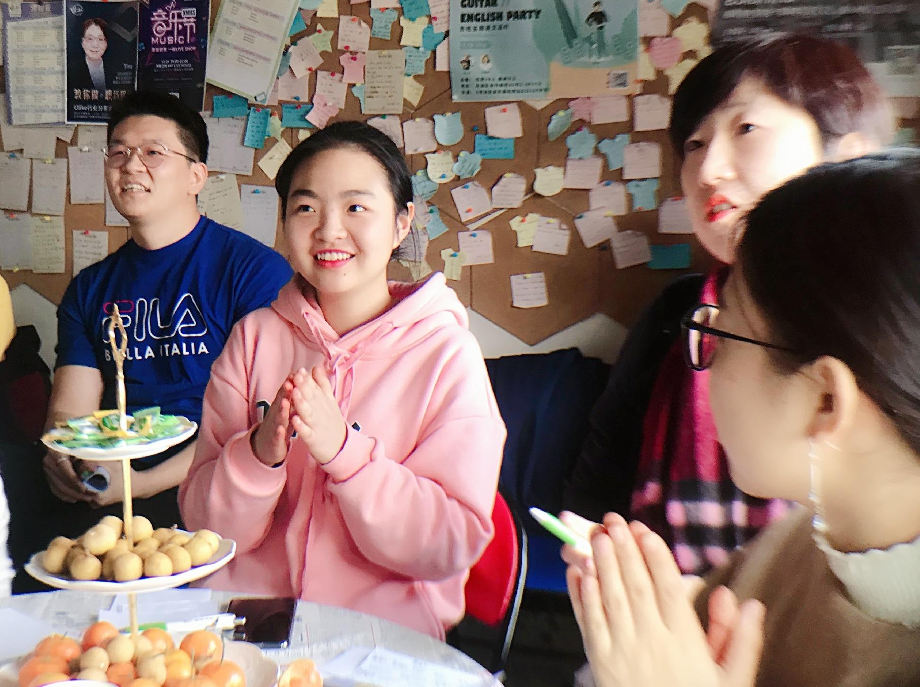 ULIKE主题英语课 打开你的社交圈