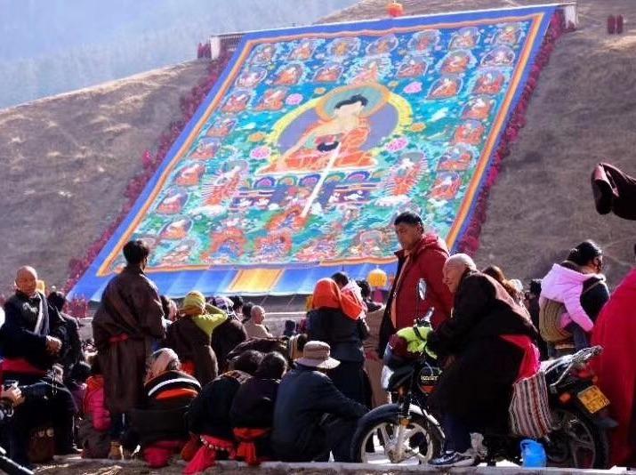 藏历新年晒佛盛典摄影活动
