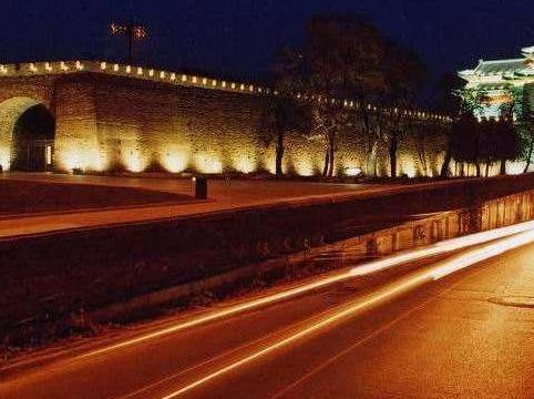 (南京长亭聚)每周五晚徒步明城墙