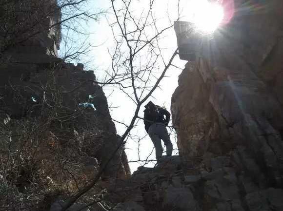 狼牙户外 :3月18号周六野线穿越老寨山
