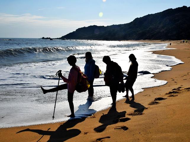 4.5-6那琴半岛风簇浪,北陡五湾月卧滩