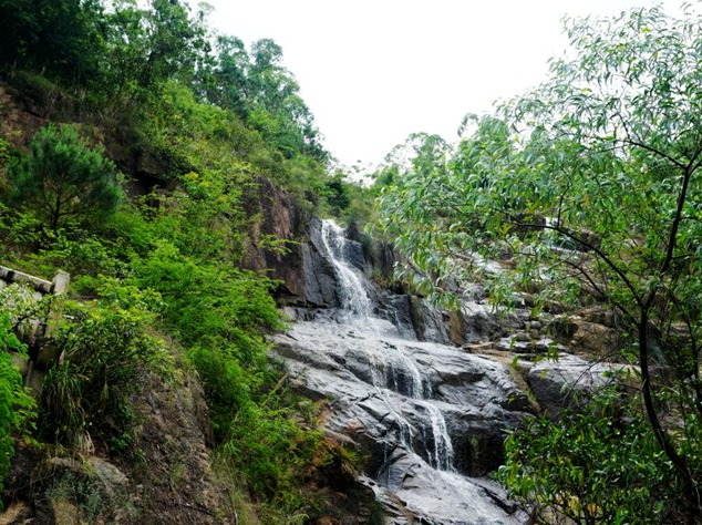 9。2:妈坑瀑布谒妈祖,桂岭山村见桂花
