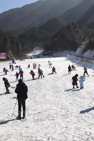 1月31日-2月1日安徽岳西大别山鹞落坪滑雪活动