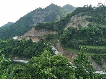 大坝河往天子山方向慢跑