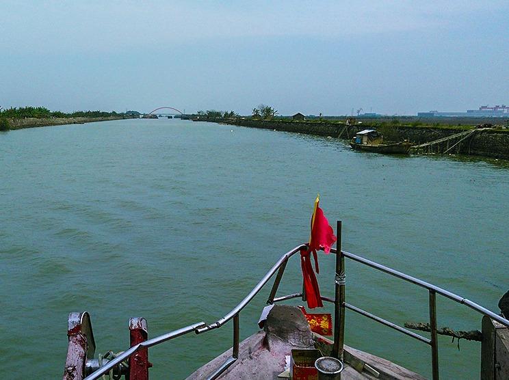5-28 出海游船河,看海豚