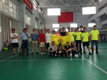 2017年7月16日阳光户外休闲羽毛球活