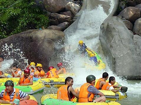 周日(8.20)惠州碧海湾漂流+水上乐园