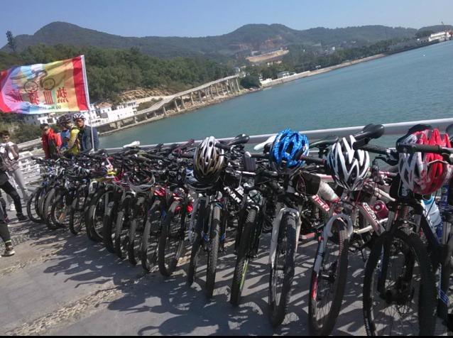 周日深圳背仔角海边骑行游泳