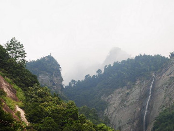 嗨程联票活动:4.21带你去望庐山瀑布
