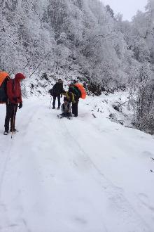 光头山徒步耍雪