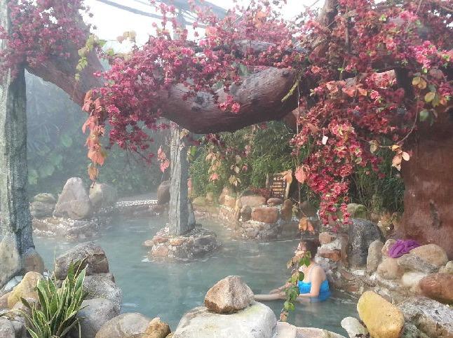 鞍山天籁谷温泉一日游