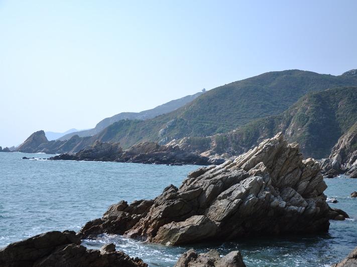 中国最美丽海岸线 深圳东西冲徒步穿越