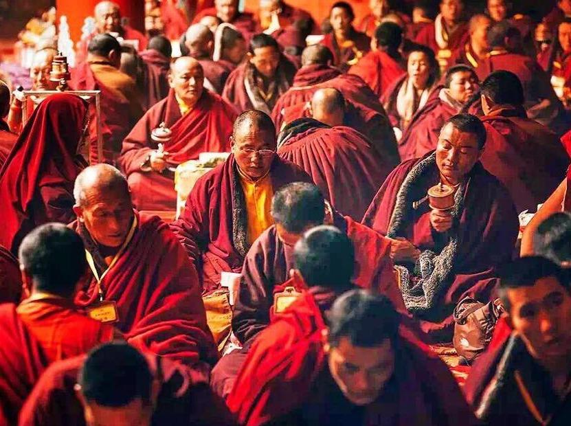 雪中的火焰,藏区的密码—佛国色达