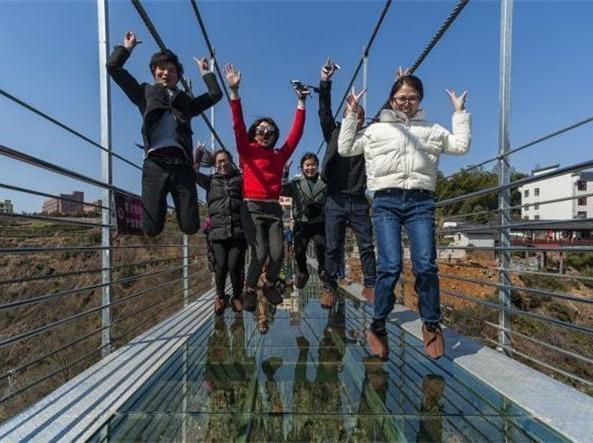 2.25六,走进浙江首座玻璃天桥-舞龙峡