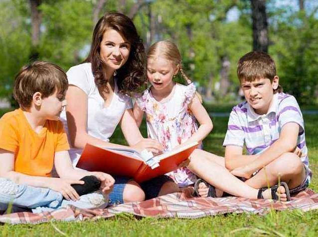 """家长沙龙:家长如何做才能培养""""好孩子""""?"""