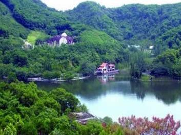 游塘朗山郊野公园-梅林水库