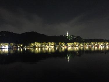 周四夜游西湖