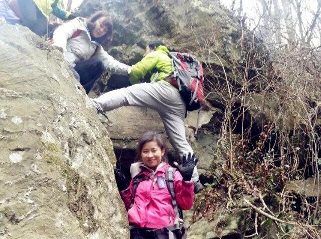 3月3日 攀登木兰山 下行穿峡谷