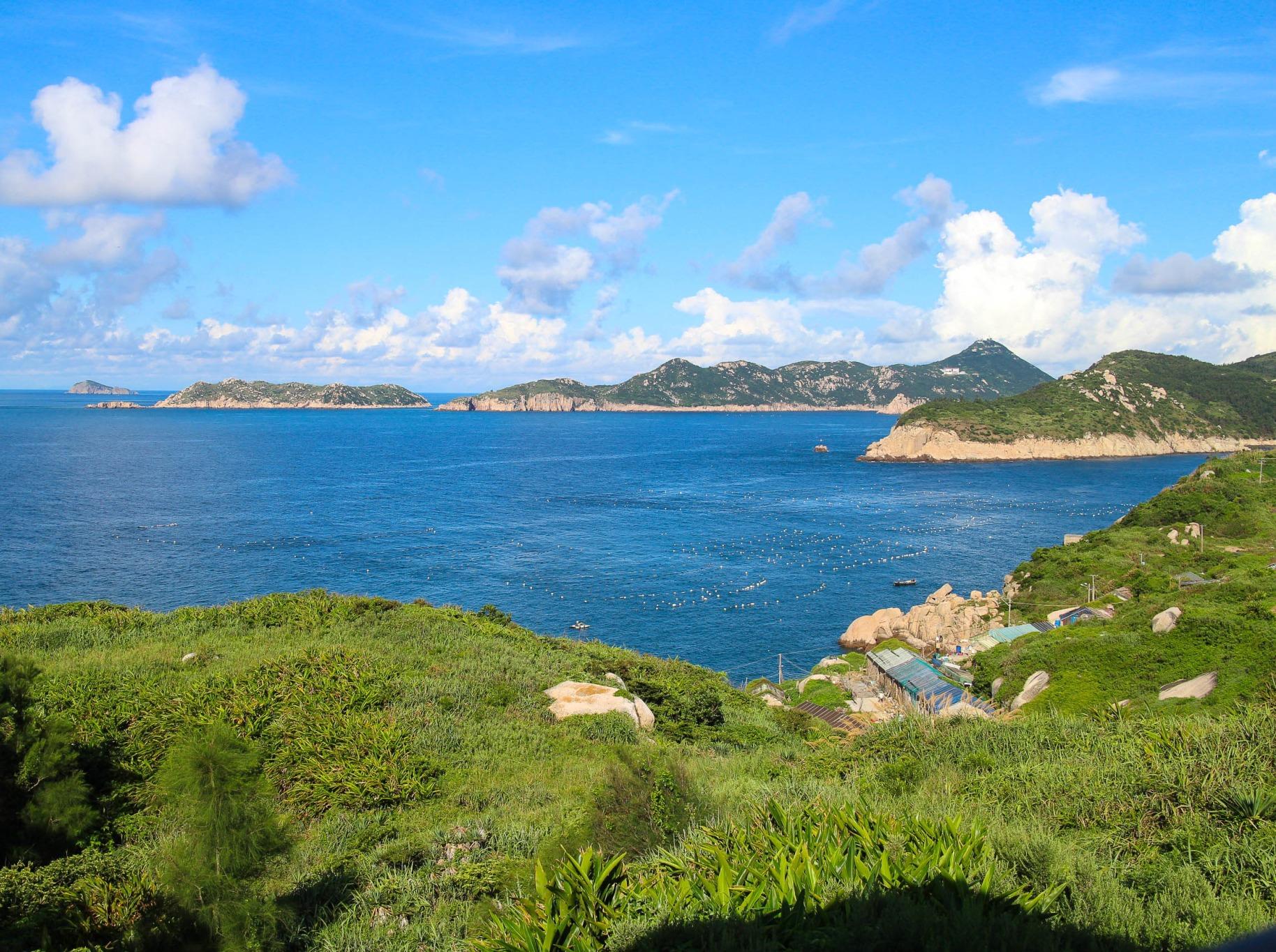 麂岛,露营蓝色牧场,游览碧海仙山
