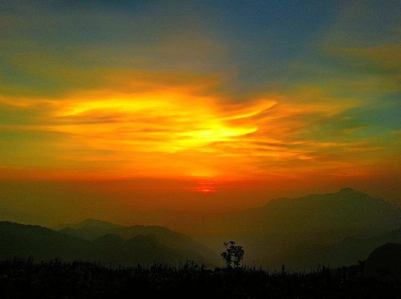 二郎山红岩顶看【日出】【云海】【红叶】