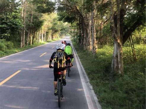 五一骑行九龙镇,运动单车-山地车公路车