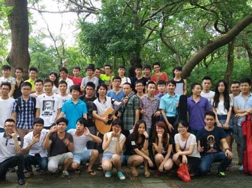 广州吉他爱好者交流学习和表演双聚会