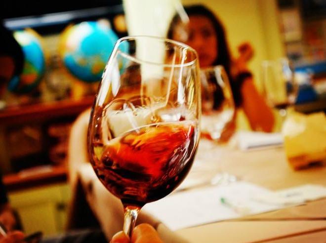 【红酒品鉴会】如何识别一款红酒的优劣??