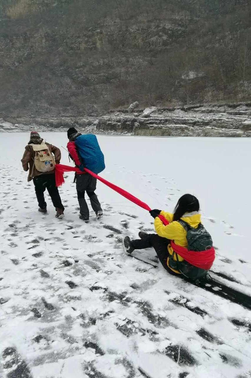 """周六 """"探密山洞寻宝""""白河峡谷,踏冰戏耍、涮火锅"""