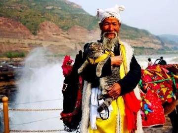 清明节西安观登华山,壶口瀑布