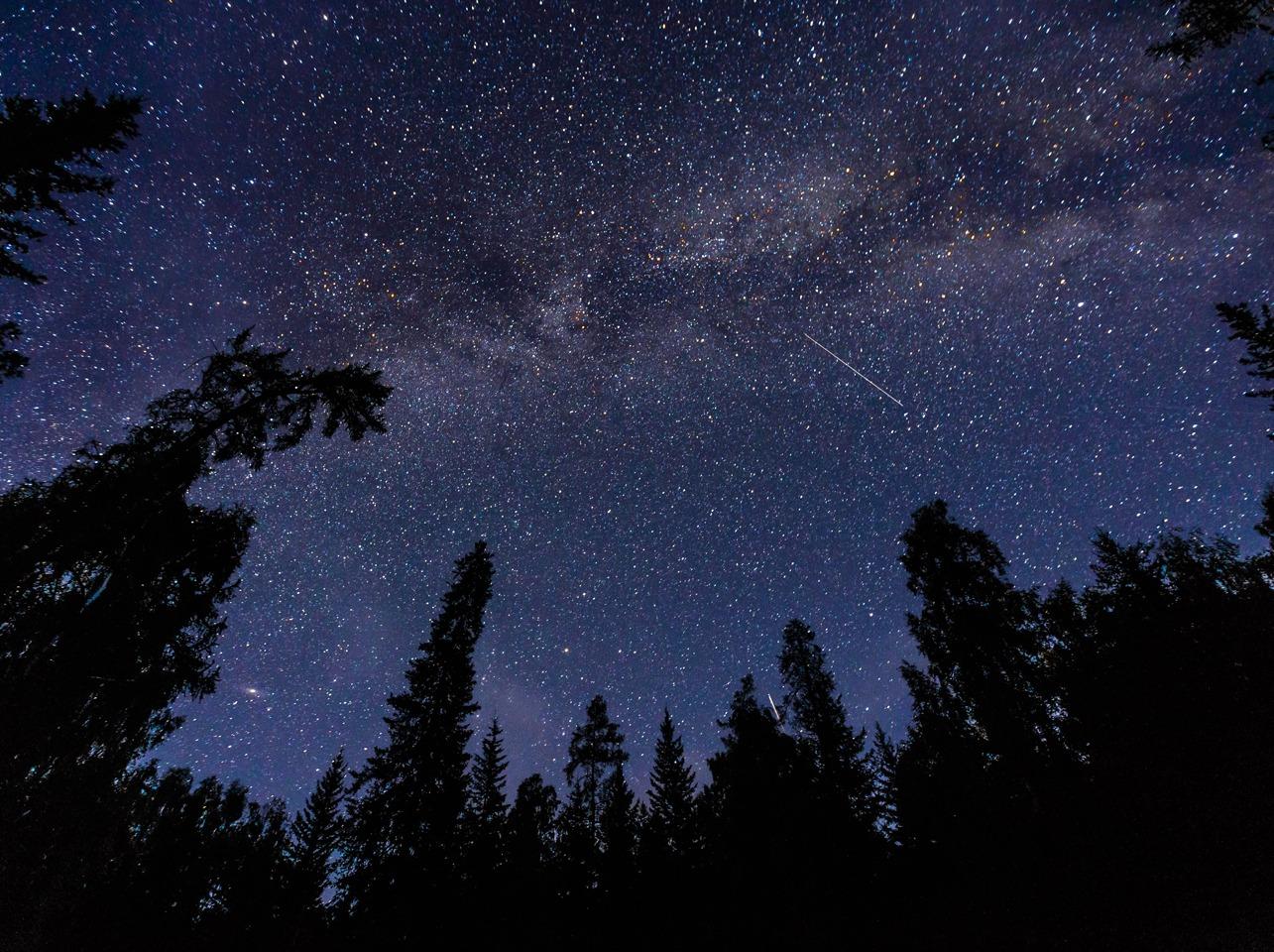 最美星空 |新疆喀纳斯 禾木小黑湖徒步